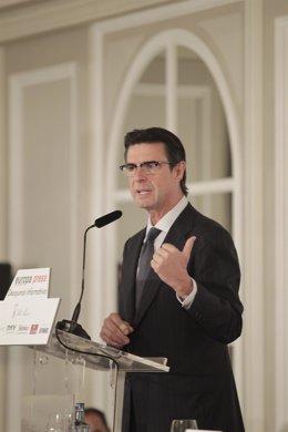José Manuel Soria, en los desayunos de Europa Press