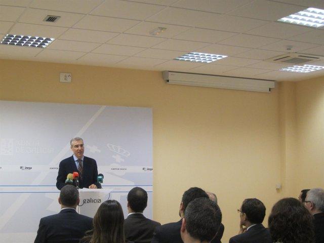 El conselleiro de Economía, F.Conde, abre unas jornadas de eficiencia energética