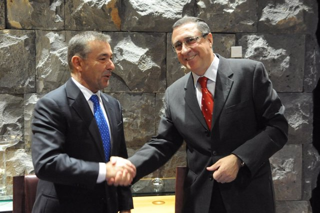 Rivero y Berge, tras la firma del acuerdo