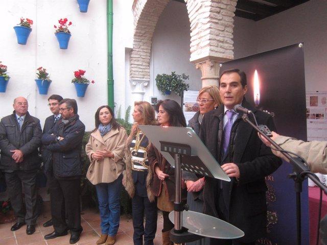 José Antonio Nieto en el desayuno molinero con miembros del equipo de gobierno