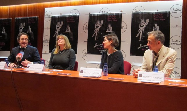 Cornejo (ziq) con Marta Valverde, Natalia Millán  y Alberto Vázquez