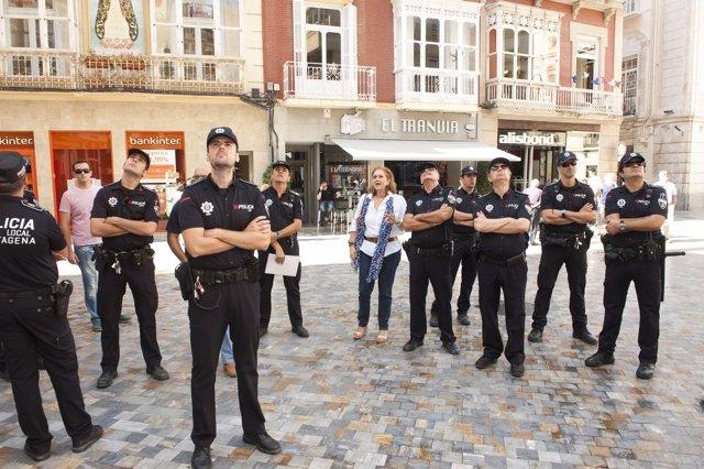 Agentes de la Policía Local aprenden los recorridos turísticos de Cartagena