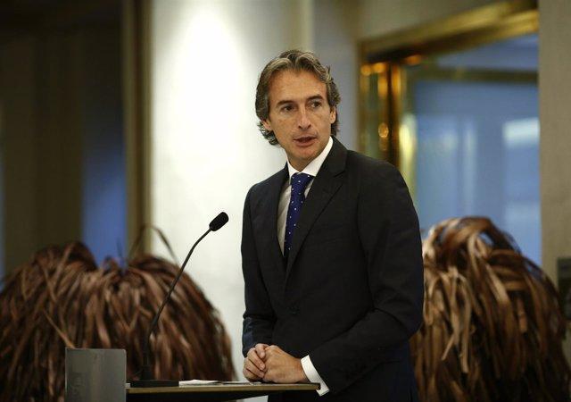 El presidente de la FEMP, Íñigo de la Serna