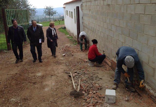 Visita del subdelegado del Gobierno a Higuera de la Sierra.