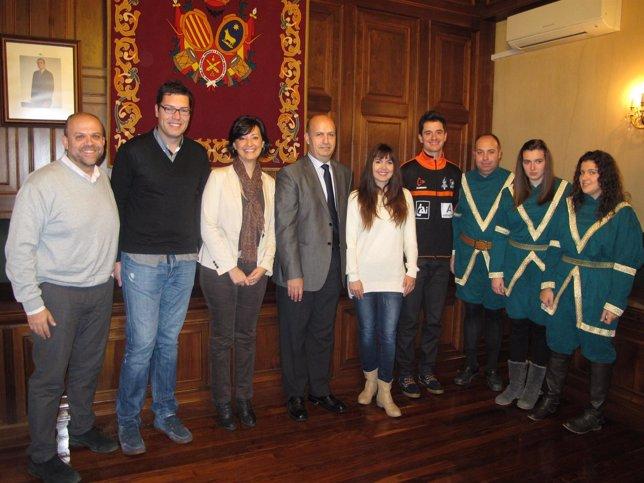 Presentación del partido solidario que disputará el sábado CAI Voleibol Teruel