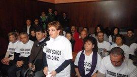 Apoyo del Ayuntamiento de Puerto Real a las familias de detenidos por destrozos en el puente