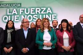"""Díaz descarta optar a las primarias socialistas, convencida de que en el PSOE-A hay gente con """"capacidad y talento"""""""