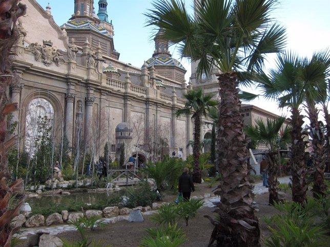 El Belén monumental está situado en la Plaza del Pilar