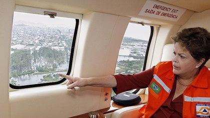 Rousseff interrumpe su descanso para visitar las zonas afectadas