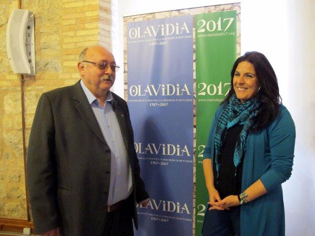 Bonillo y Férriz en la presentación de 'Olavidia 2017'.