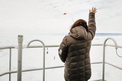 Ventisca antártica detiene operación de rescate de barco ruso varado