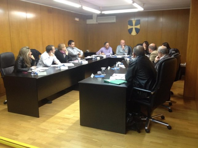 Pleno municipal del Ayuntamiento de Vilablareix (Girona)