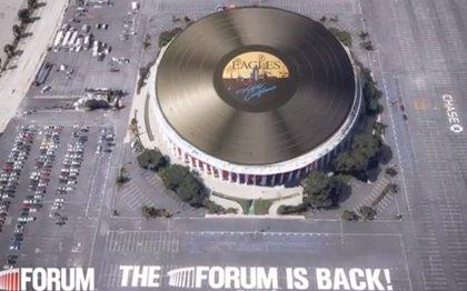 'Hotel California' de The Eagles: el vinilo más grande del mundo
