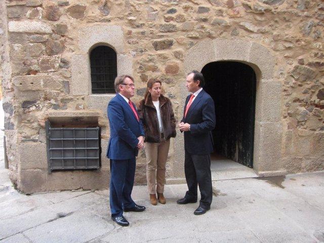 C ceres contar con una potente oficina de turismo con los recursos de las tres administraciones - Oficina turismo caceres ...