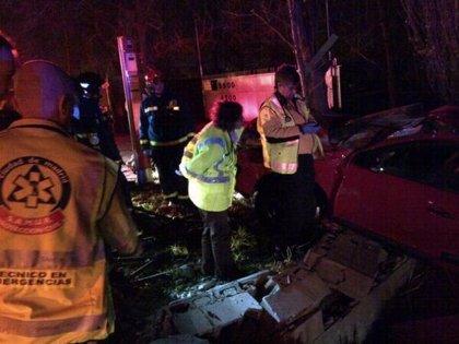 Un hombre fallece al salirse de la vía el coche que conducía