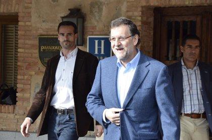 Rajoy termina la reunión del PP sin fijar candidato a las europeas