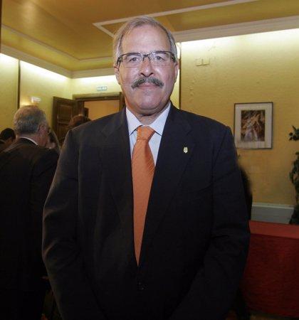 """Pagola cesa en su cargo como alcalde de Calahorra tras 18 años en los que ha trabajado """"sin descanso por mi ciudad"""""""