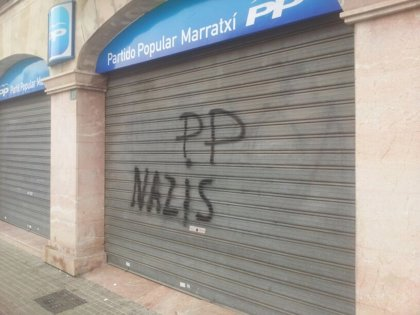 "El PP lamenta las pintadas en sus sedes de Binissalem y Marratxí en las que les acusan de ser ""feixistes"""