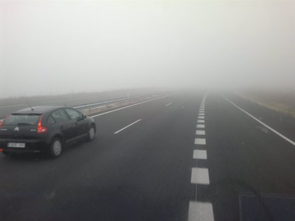 Niebla en once tramos de carretera