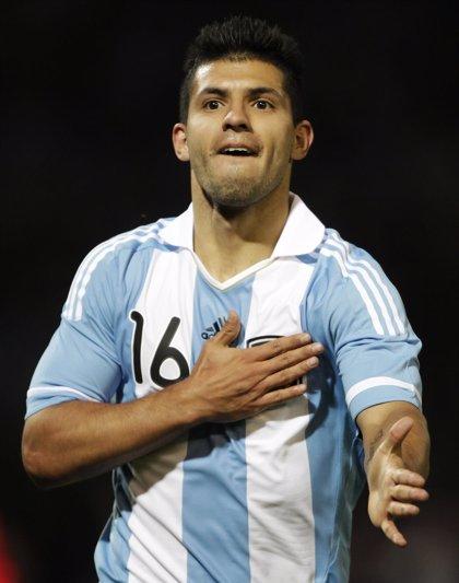 """Agüero: """"La delantera de Argentina es la mejor"""""""