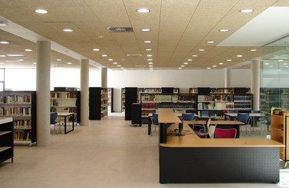 Una docena de bibliotecas regionales amplían horario