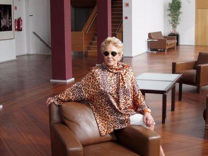 Lola Herrera presenta su libro de memorias 'Me quedo con lo mejor' y su nueva obra 'En el estanque dorado' por la Región