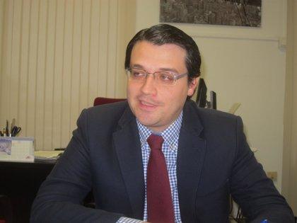 El Ayuntamiento analizará con expertos la puesta en marcha de la reforma local en empresas como el Imdeec