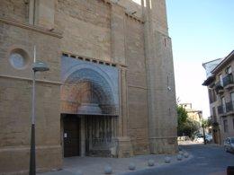 Iglesia Del Salvador De Ejea De Los Caballeros (Zaragoza)