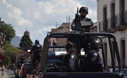 El Ejército de México patrulla por Michoacán.