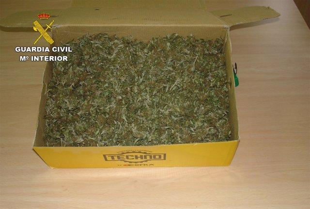 Droga intervenida por la Guardia Civil.