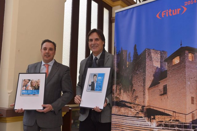 Javier Hernández y Caneda presentan fitur 2014