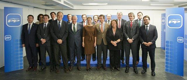 Reunión de ponentes de la Convención del PP que se celebrará en Valladolid.