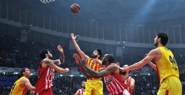 Navarro lidera al Barcelona ante el Olympiacos Piraeus