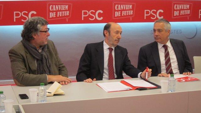 Antonio Balmón, Alfredo Pérez Rubalcaba y Pere Navarro