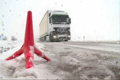 El temporal deja más de cien incidencias en Cádiz, Huelva, Granada y Sevilla y cuatro carreteras cortadas