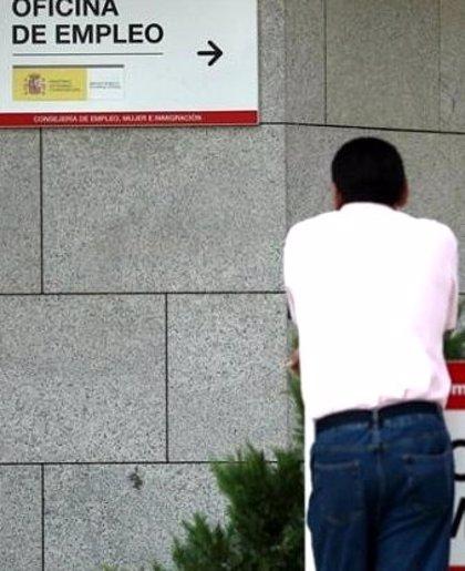 El Congreso debate el martes la retirada del contrato de emprendedores, pedida por el PSOE