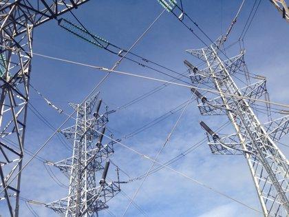 El BNG exige que se congele el precio de la luz todo el año y que se investiguen posibles pactos en las subastas