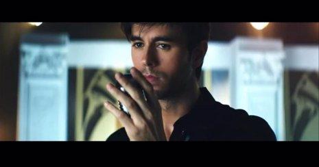 Enrique Iglesias estrena videoclip de 'El perdedor'