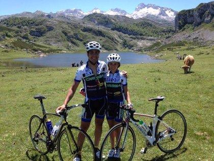 Silvia Morera y Samuel García representarán a Extremadura en la carrera ciclista 'Titan Desert 2014'