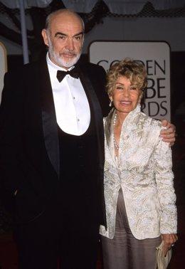El actor Sean Connery y su mujer Micheline Roquebrune
