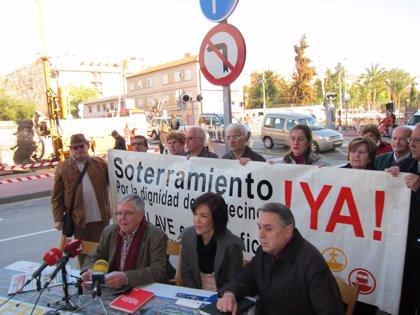 """Plataforma Pro-Soterramiento de Murcia critica que la """"única hoja de ruta"""" de Fomento es la llegada de AVE en superficie"""