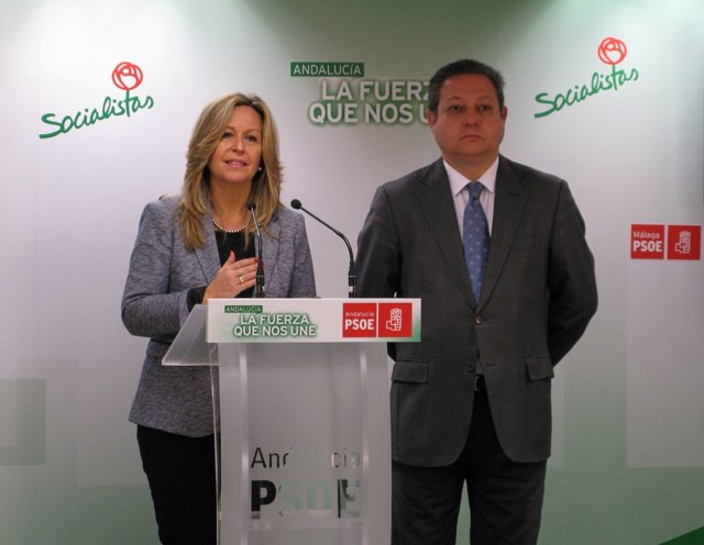 Jiménez y Benítez, en rueda de prensa.