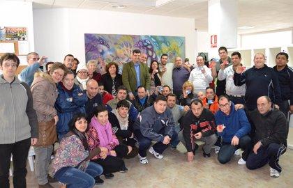 El Ayuntamiento de Águilas promueve el transporte urbano entre los usuarios de AFEMAC
