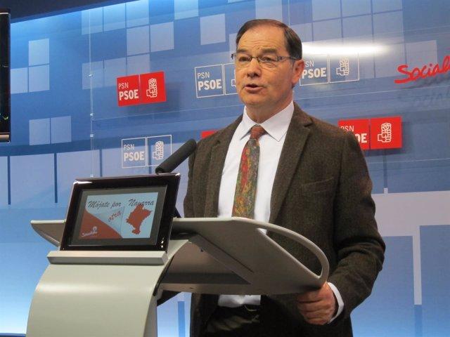 El socialista Román Felones en rueda de prensa