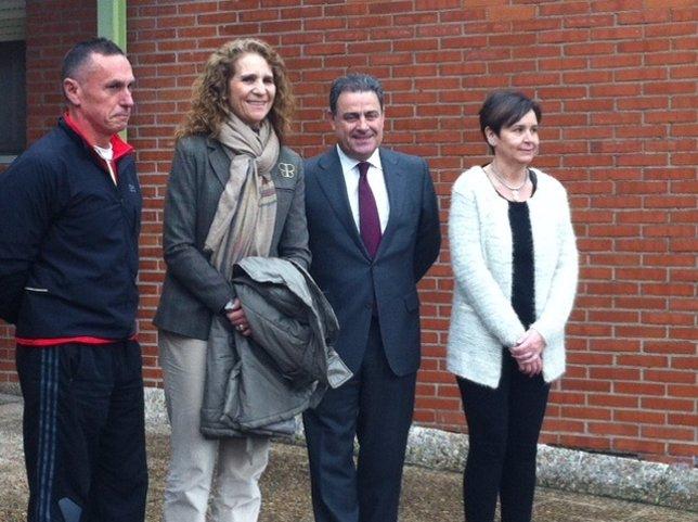 La Infanta Elena de Borbón con el presidente de la Fundación Mapfre