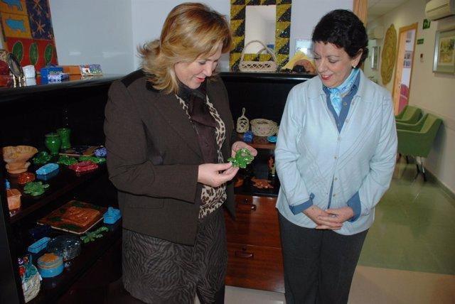 Ángeles Jiménez visita la sede de la Asociación Síndrome de Down