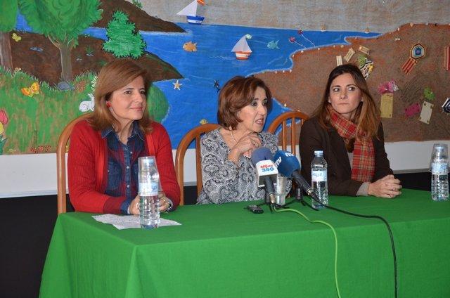 La alcaldesa de Fuengirola, Esperanza Oña, y la diputada Ana Mata