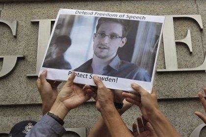 Snowden niega haber recibido ayuda de Rusia para llevar a cabo las filtraciones