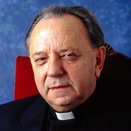 monseñor Juan María Uriarte