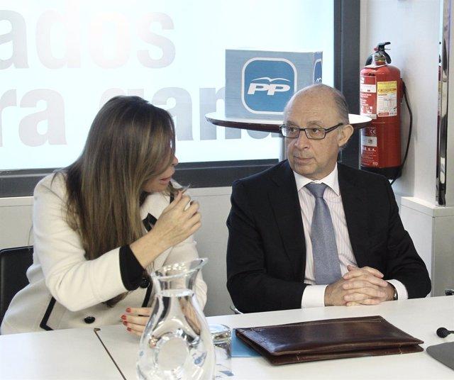 Alicia Sánchez Camacho y Cristóbal Montoro, en una reunión en Génova